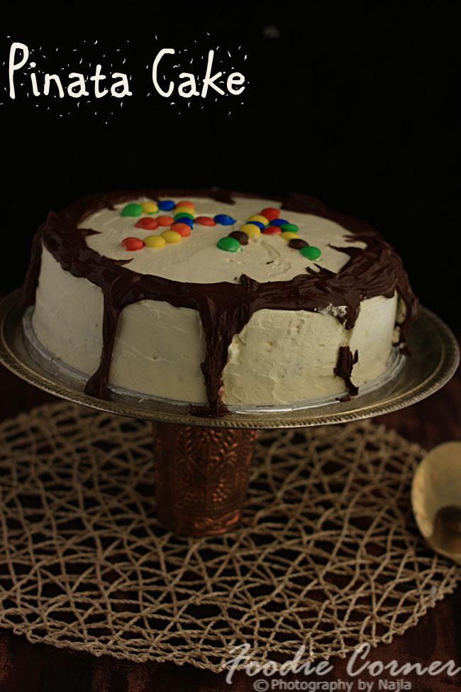 Pinata Cake 1510